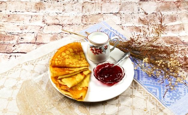 Petit-déjeuner, crème, lait, crêpes, nourriture, fait maison, assiette