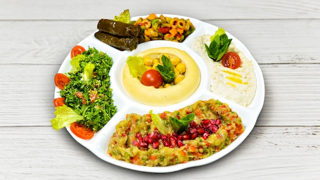 Petit déjeuner traditionnel du moyen-orient.