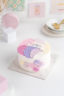 Petit gâteau bento comme cadeau d'anniversaire avec des gâteaux de style coréen