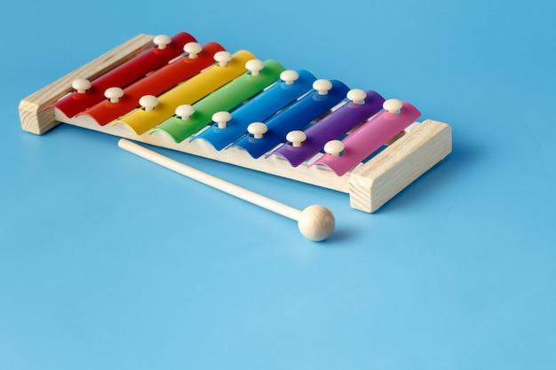Petit instrument de xylophone de musique