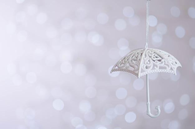 Petit parapluie blanc