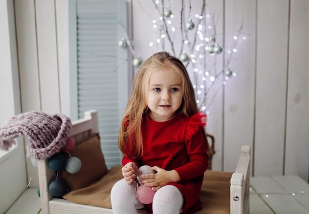 Petite fille au studio