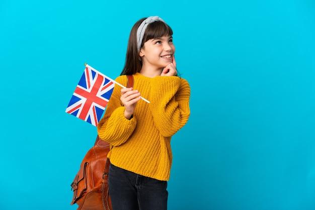 Petite fille étudie l'anglais isolé