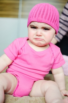 Petite fille pleurer