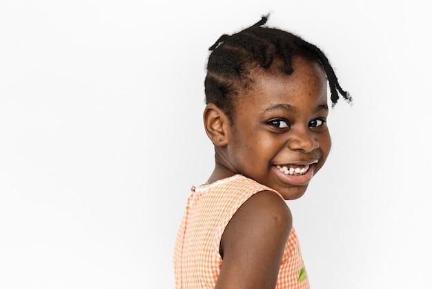 Petite fille sourire visage expression studio portriat