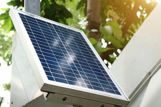 Petite taille du système de grille d'énergie de cellule solaire dans la ville