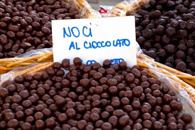 Petites boules de chocolat