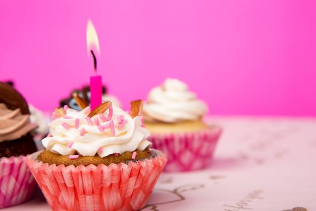 Petits gâteaux d'anniversaire