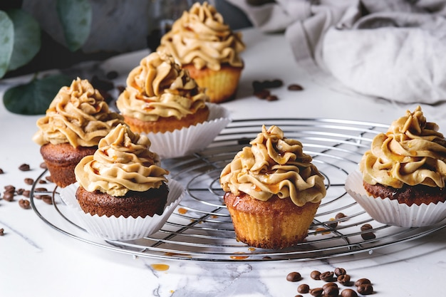 Petits gâteaux au café faits maison
