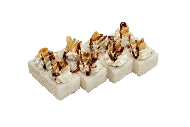 Petits pains avec fromage à la crème de fruits de mer et sauce sur le dessus échantillon de livraison de plats préparés du reste