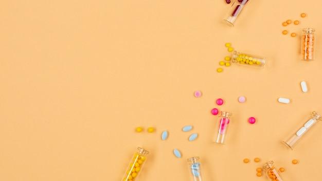 Petits récipients à copie avec pilules
