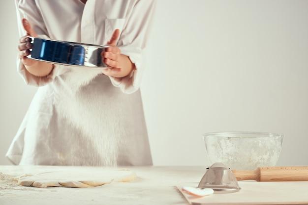 Pétrir la pâte la farine la cuisson la cuisson la cuisson la cuisine