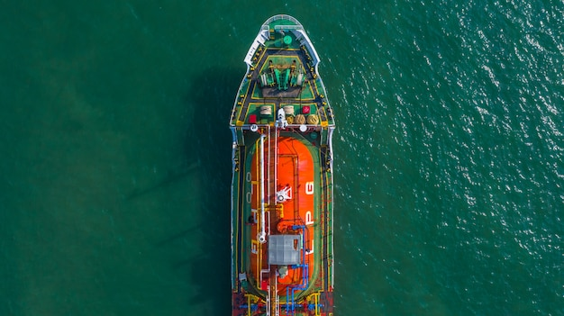 Pétrolier, gaz, vue aérienne, pétrolier, dans, mer ouverte