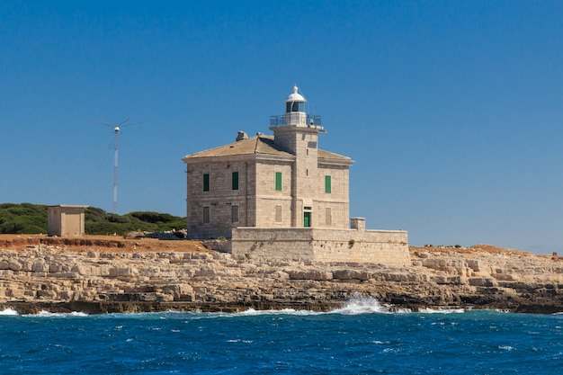 Un phare sur l'île de brijuni croatie