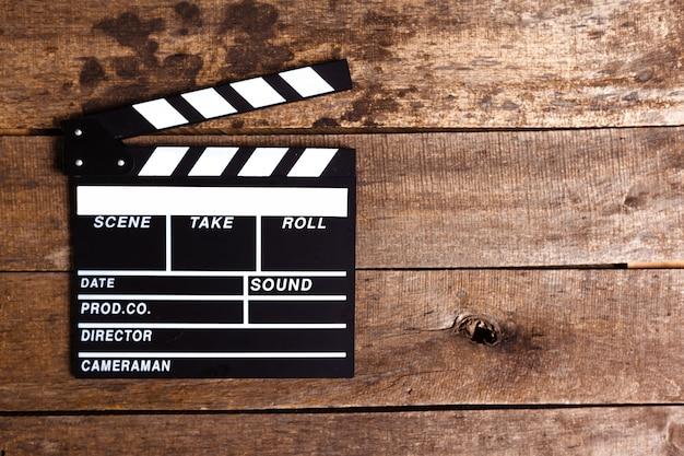 Photo de clapet de cinéma sur bois