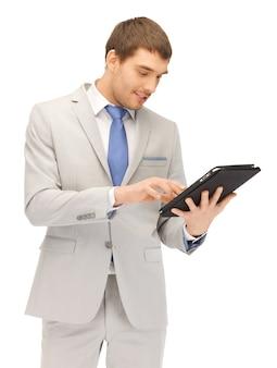 Photo d'un homme heureux avec un ordinateur tablet pc