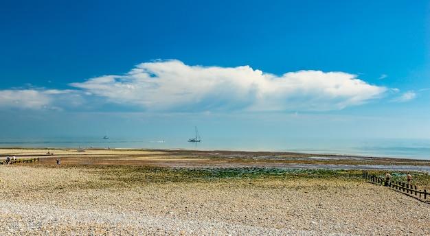 Photo panoramique du parc national des seven sisters en angleterre