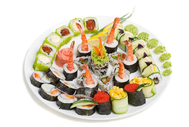 Photo d'un roulé et sushi