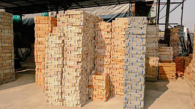 Photo de texture de fond de pile de pierre de brique moderne.