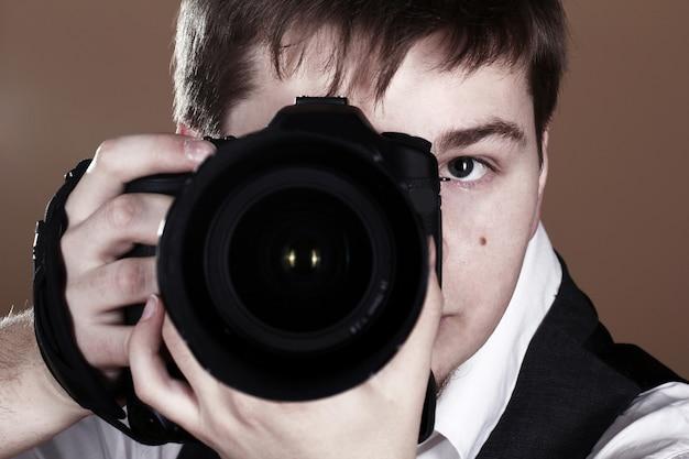 Photographe avec caméra