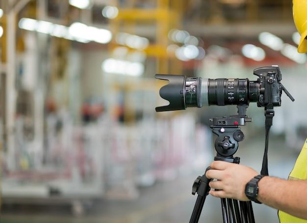 Photographe professionnel, appareil photo numérique gros plan