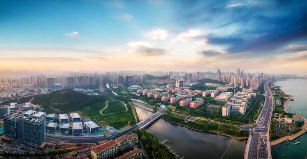 Photographie aérienne de qingdao côte ouest ville architecture paysage skyline