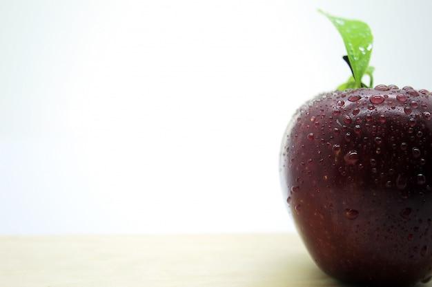 Photos de pommes rouges fraîches 3