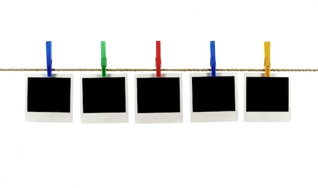 Les photos de style polaroid sur une chaîne