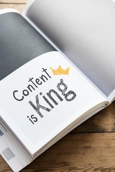 Phrase content est roi sur un magazine