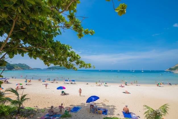 Phuket beach vue sur la mer