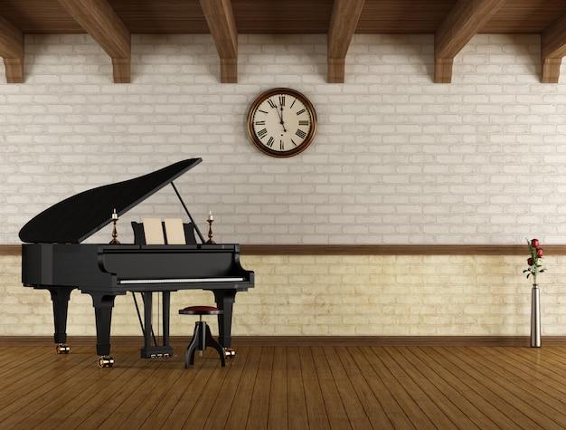 Piano à queue dans une pièce vide