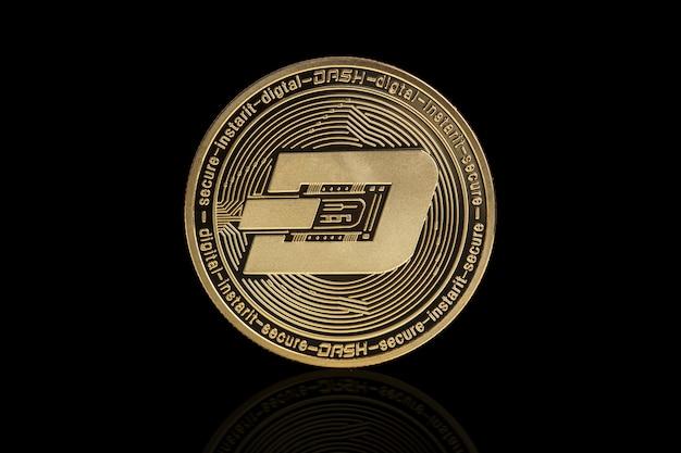Pièce de crypto-monnaie dash sur fond noir
