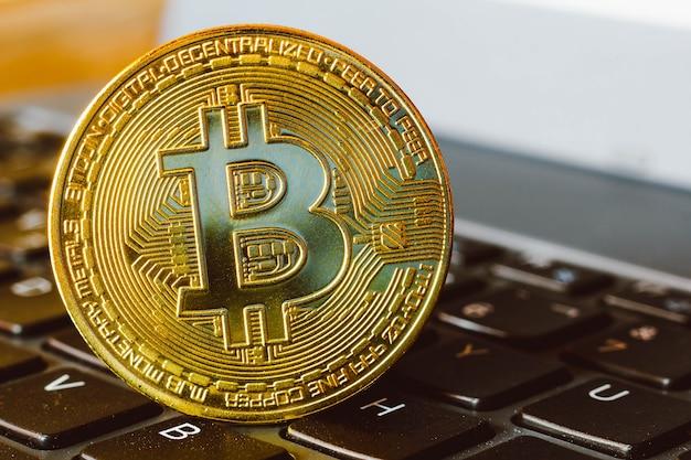 Pièce De Monnaie Bitcoin Photo Premium