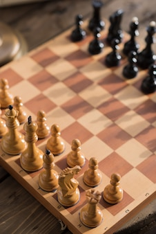 Pièces d'échecs à bord
