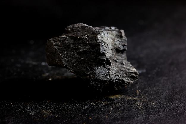 Pierre de lignite