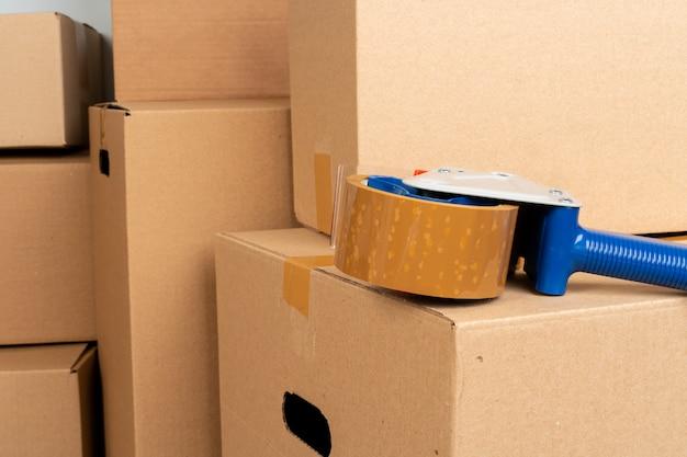 Pile de boîtes mobiles