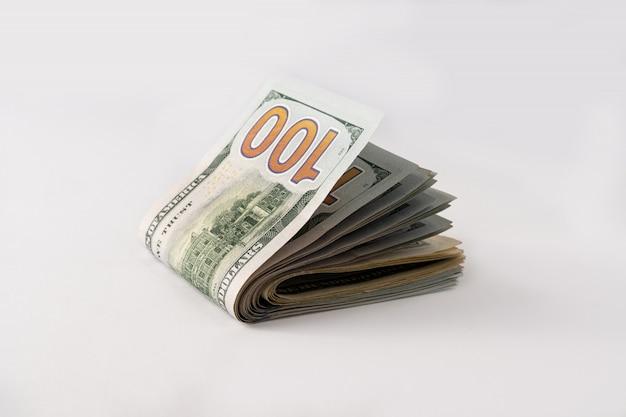 Pile de cent dollars américains. billets.
