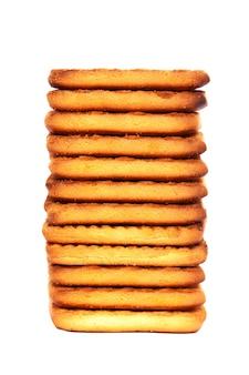 Pile de cookies isolé sur fond blanc.