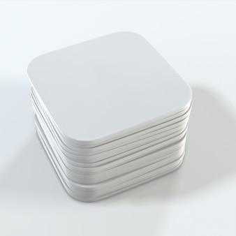 Pile de dessous de verre carrés blancs