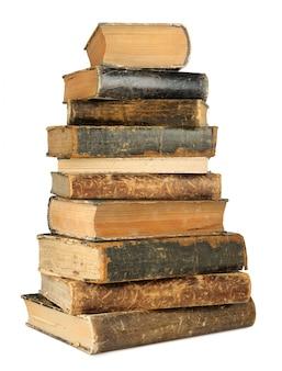 Pile haute de vieux livres