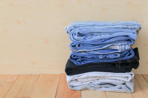 Pile de jeans