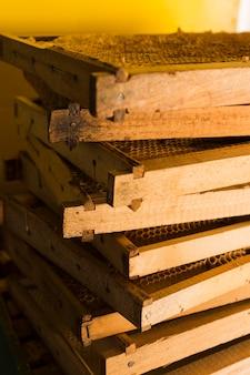 Pile de nid d'abeilles de la ferme