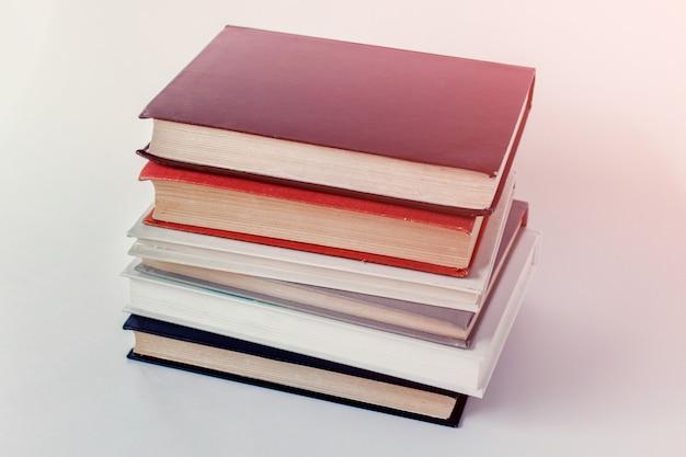 Pile pile de livres
