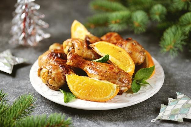Pilons de poulet cuits à l'orange et à la menthe