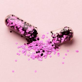 Pilule à angle élevé avec des paillettes