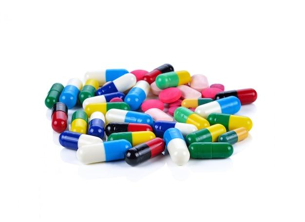 Pilules, comprimés et gélules colorés