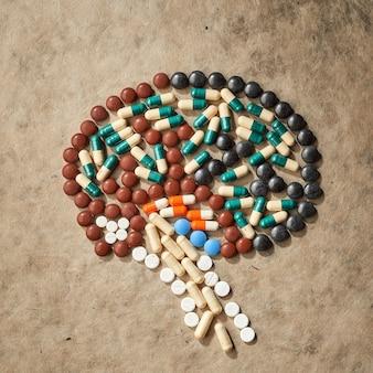 Pilules en forme de cerveau