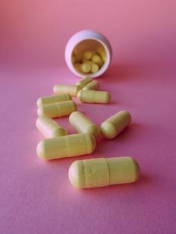 Pilules sur rose