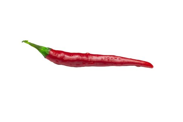 Piment rouge isolé sur fond blanc