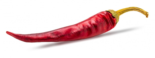 Piment rouge sec isolé sur blanc